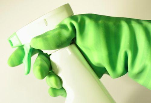 Nettoyant contre le calcaire - Recette de ménage - spray anti calcaire