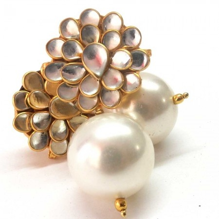 Blossoming Pearls - White