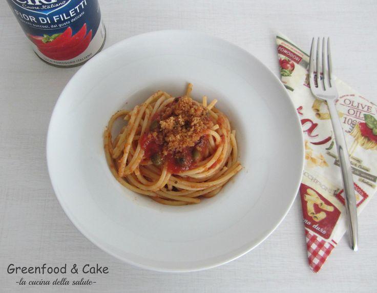 Spaghetti al pomodoro e pan profumato @ciriopassion  http://blog.giallozafferano.it/greenfoodandcake/spaghettata-al-pomodoro-e-pan-profumato/