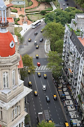 Cool-Street, by For 91 Days | Flickr - Photo Sharing! (The curve you can barely see to the right is where Ave. de Mayo ends/joins Ave. Rivadavia. The Plaza is the Plaza de la República and spans 2 blocks in front of the National Congress.)