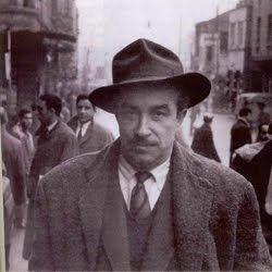Orhan Kemal, milletvekili ve bakanlık yapmış Abdülkadir Kemali Bey ile ortaokul…