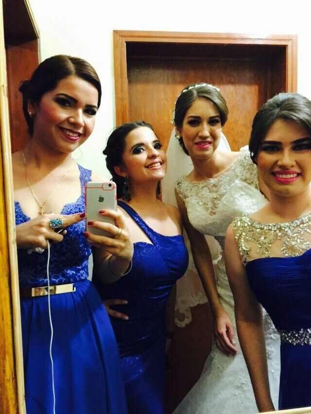 Bride& bridemaids