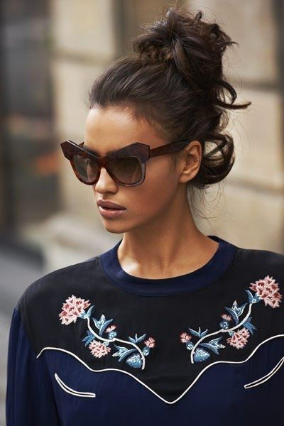Irina Shayk présente les tendances mode automne-hiver 2012-2013