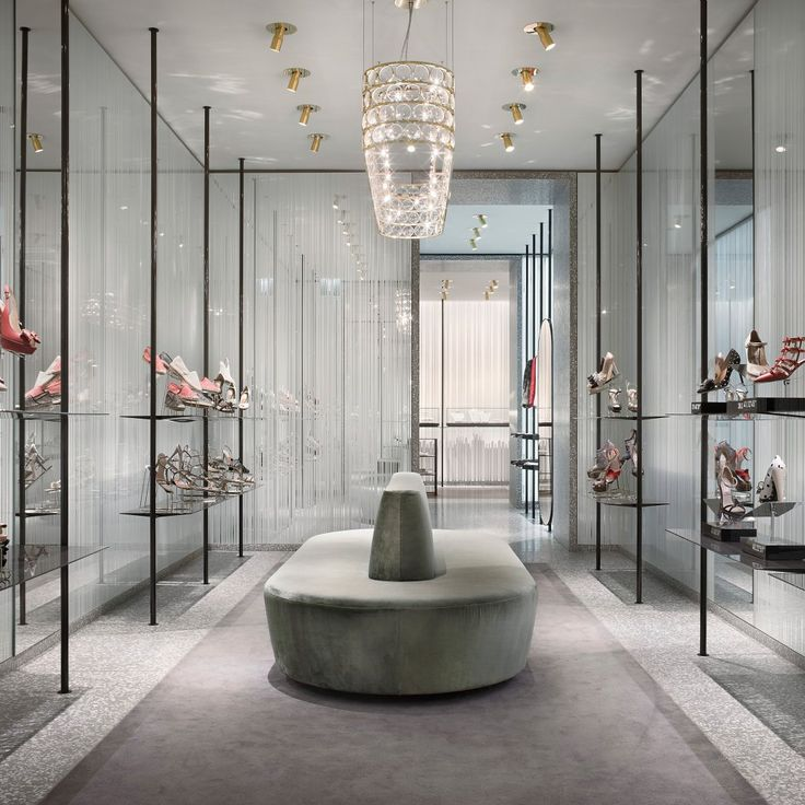 valentino milano via montenapoleone - Google Search