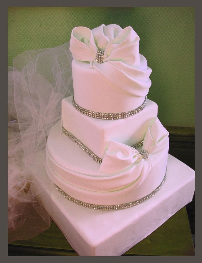 wedding cakes with bows les 18 meilleures images du tableau mariage th 232 me anges 25990