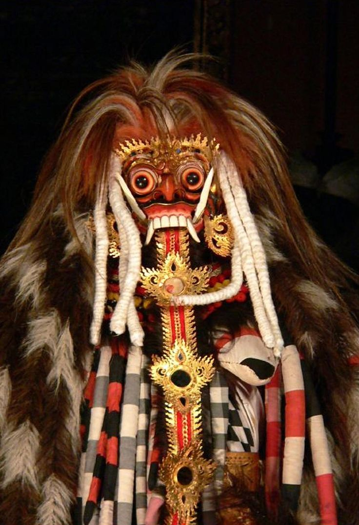 Rangda revealed for the demoness she is, Barong dance, Ubud Palace, Bali  © Judith Sylte, 1997.