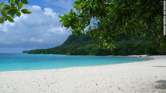 CNN World's 100 best beaches: Top 25 #9. Champagne Beach, Vanuatu