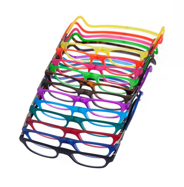 Óculos de leitura com fechamento frontal magnético e haste flexível ajustável. #eyewear #bereader #Garbi