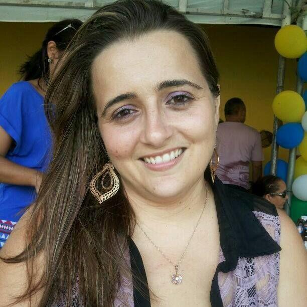 Eneylândia Rabelo, Fiscal Municipal na Vigilância Sanitária em Fortaleza, CE - foto de julho/2014