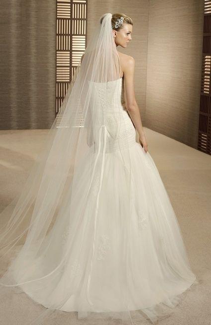 Location robe de mariée Pronovias modèle Turner type sirène T40