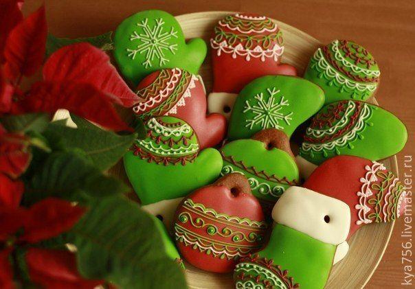 Печенье в виде шариков на елку