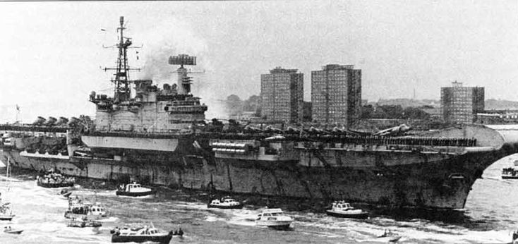The HMS Hermes returns to Portsmouth following her deployment as the flagship during the Falklands. After two more years of service, she was put in reserve, and eventually sold to the Indian Navy where she still serves as the INS Viraat. Pin by Paolo Marzioli