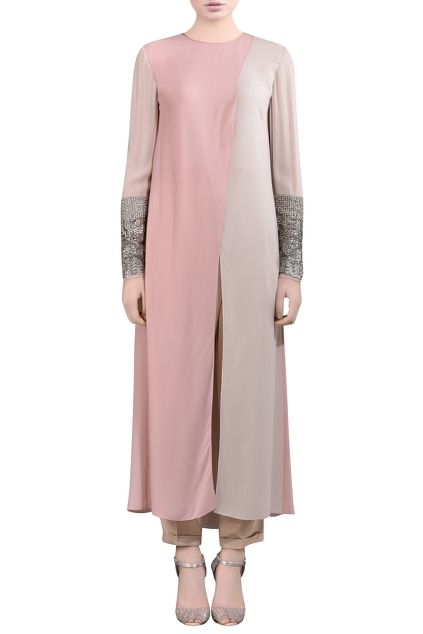 Pink kurti with embellished sleeves