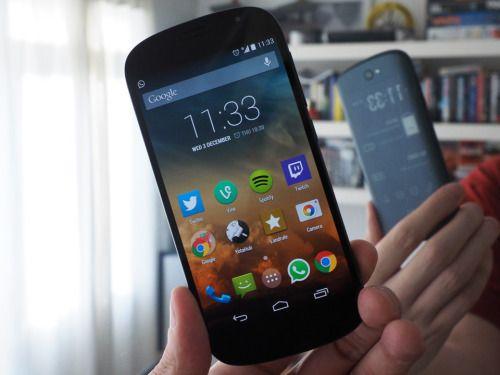 YotaPhone 2, First Dual Display Mobile, dual display mobile, Dual-Screen Smartphone, yotaphone 2 price, yotaphone 2 review, E Ink screen, AMOLED display
