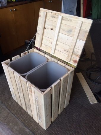 Rustic Trash / Recycle Bin Made From Pallet Wood