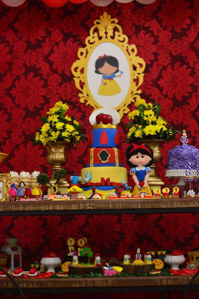 Incredible Snow White birthday party! See more party ideas at CatchMyParty.com!