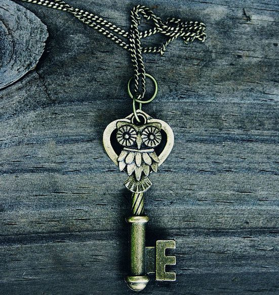 ORIGINAL Vintage Owl Key Necklace  Bronze  by MythicalFolk on Etsy