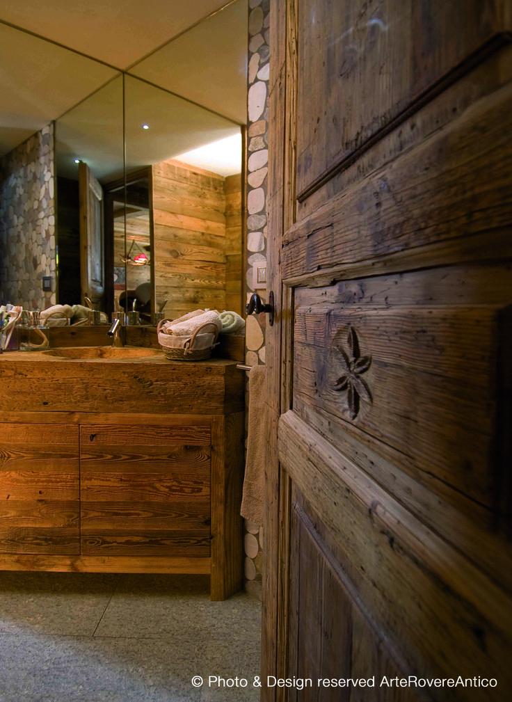 Oltre 1000 idee su bagno di rovere su pinterest for Caratteristiche di interior design della casa colonica