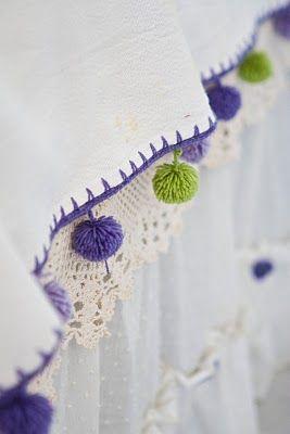 borde de mantel para hacer a crochet y pompons …