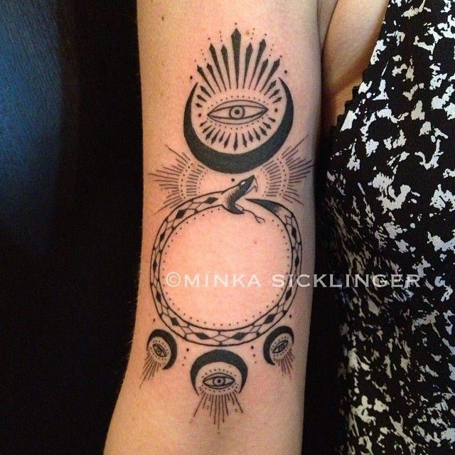 Ouroboros moon & eye #nofilter #ouroborustattoo #moontattoo #eyetattoo #minkasicklinger @eastsideink @gracelandbrooklyn