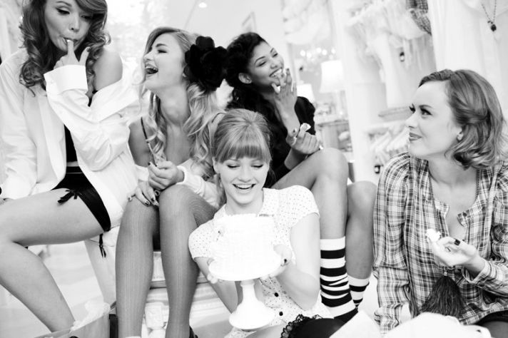 10 different ideas for a bachelorette party day or even just to get the girls together!   # Pin++ for Pinterest #: Party'S, Slumber Parties, Girls Night, Bridesmaid, Bachelorette Parties Ideas, Hens Parties, 10 Chic, Photo Shoots, Party Ideas