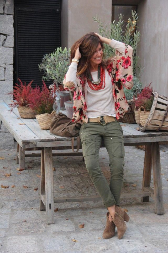 In Case You Also Long To Become Hippies Divine Feminine Ensure You Know All The Necessary Rules And Design Details On How To Put Outfits Otono Casual Clothes