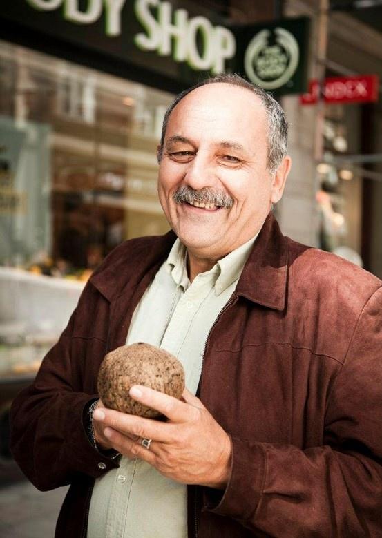 Gaston, founder of Candela and Community Fair Trade Supplier of Brazil nut oil