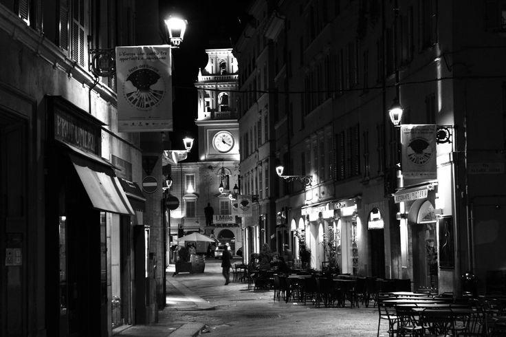 Via Farini, Parma