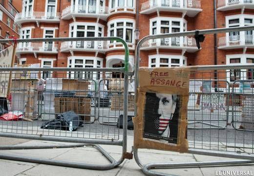 El caso Assange y América Latina: Esperando aSuperman