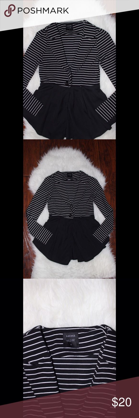 Dressy Jacket Black & White jacket. Dressy and perfect for work Forever 21 Jackets & Coats Blazers