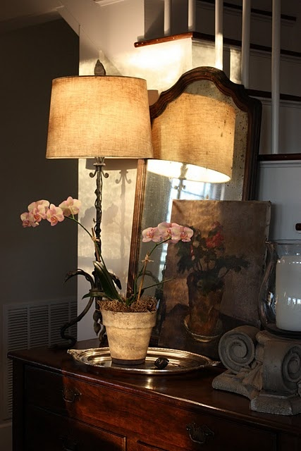 warm and cozy entry way :: I need to turn ON the bridge lamp in ours ... move some things around!
