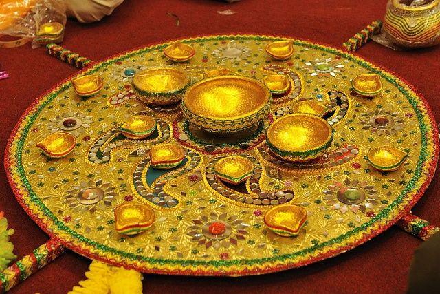 1 Mehndi Thaal Decoration ideas