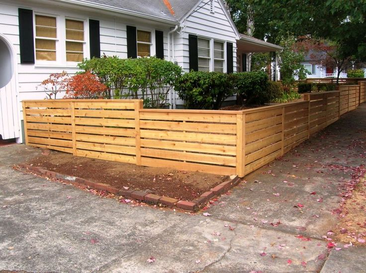 Cedar Posts with 6 Horizontal Pickets