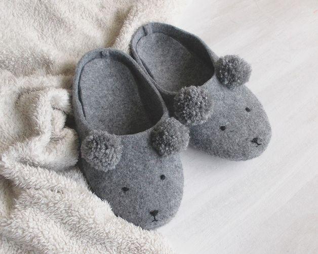 Warme Füße im Winter: Kuschelige Pantoffeln mit Bärengesicht / warm feet in winter: get your cute bear slippers by Pracownia-Uroczysko via DaWanda.com