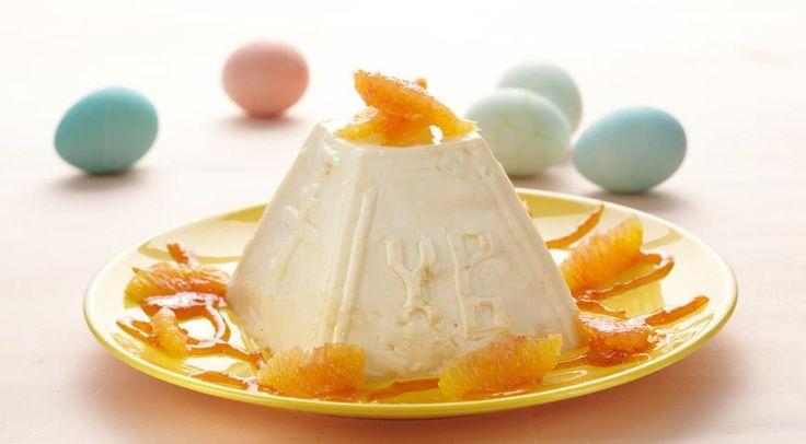 Пасха из рикотты с апельсином сыр рикотта – 700 г  большой сочный апельсин, лучше невел – 1 шт.  масло сливочное – 150-200 г  сахар – 160-180 г  сливки жирностью 33% – 100 мл  пудра сахарная