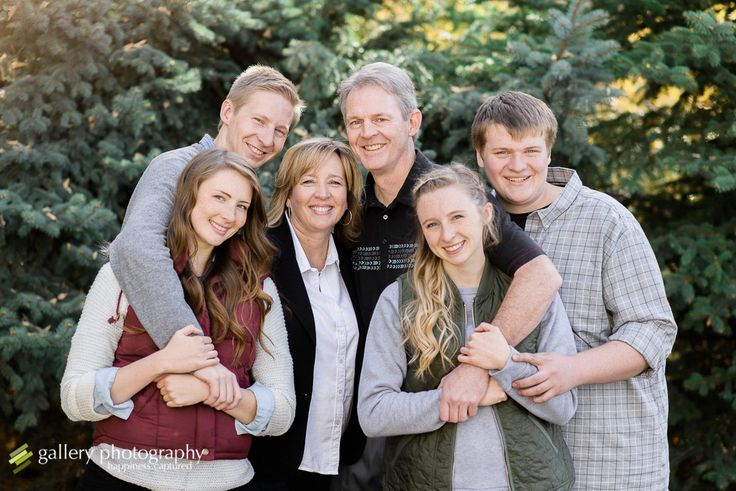 What a beautiful fall day for some beautiful family portraits at Memory Grove in downtown Salt Lake City, Utah! This fun family was great to work with and was willing to plop down where ever I asked!