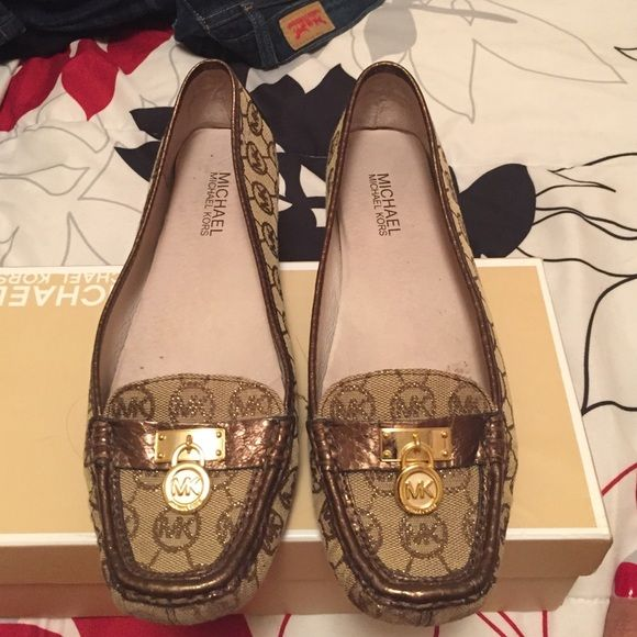 Michael Kors monogram loafer sz 8.5 Women's Michael Kors Hamilton loafer monogram in brown and gold.  Gently worn in box. Michael Kors Shoes