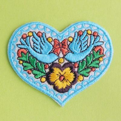 刺繍ワッペン ハートのペンサミエント