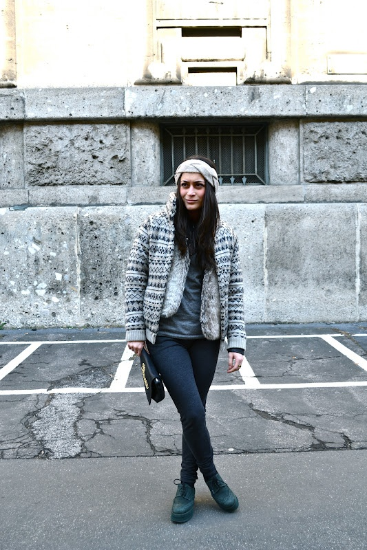 Bomber by Oysho; shoes by Stiù