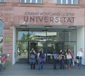 """""""Lange Nacht der Hausarbeiten"""" - Goethe-Universität - Am 2. September veranstaltet das Kompetenzzentrum Schreiben der Goethe-Universität Frankfurt am Main eine """"Lange Nacht der Hausarbeiten""""."""