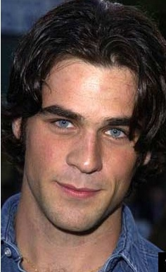 Eddie Cahill.... swoon...