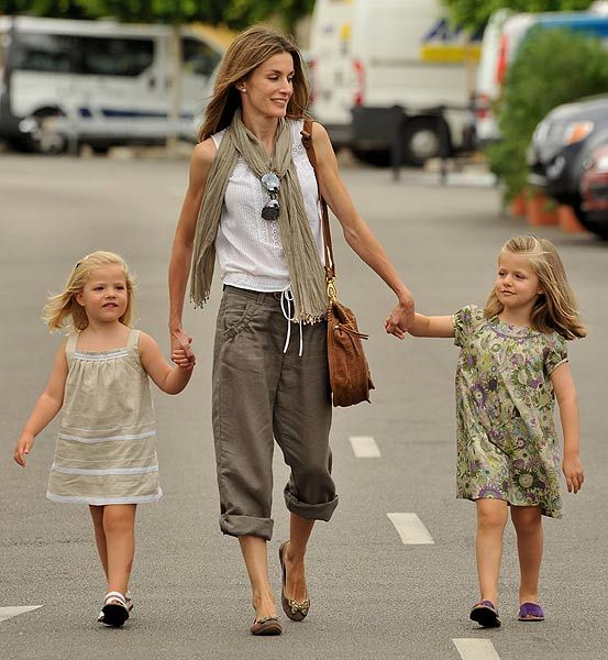 Crown Princess Letizia of Spain and her beautiful daughters, making vacation look glamorous and effortless.