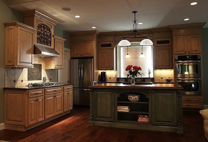 Perimeter Cabinets: Caramel Knotty Alder With Mocha Glaze