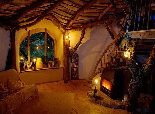 Beautiful idea for a cobhouse.