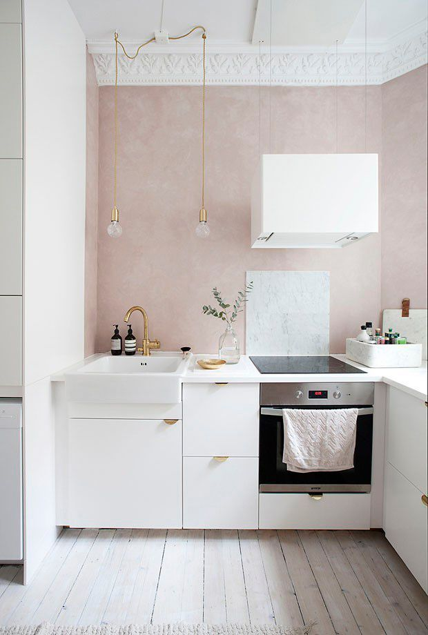 A LOVELY HOME WITH HINTS OF PINK IN NORWAY (style-files.com)
