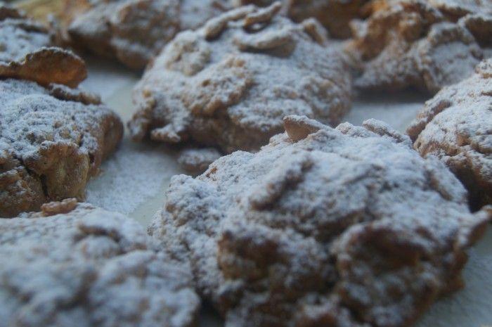 Un biscotto per tutte le ore...colazione, thè con le amiche...clicca su http://blog.cookaround.com/tiramisu1/biscotti-ai-fiocchi-di-riso-e-frumento-integrale/