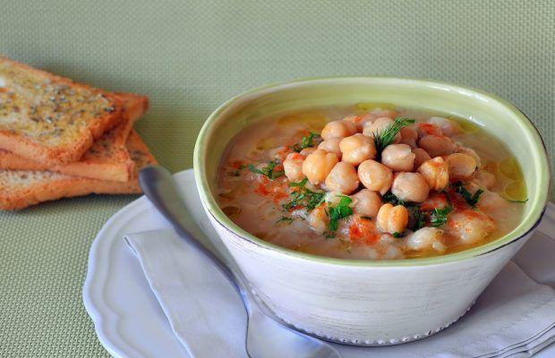 Supa de naut si linte libaneza | Retete | mancare.ro