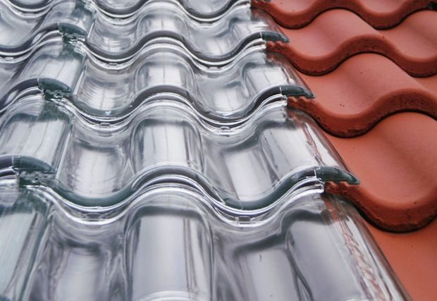 Las tejas que convierten el techo de tu casa en un gran panel solar