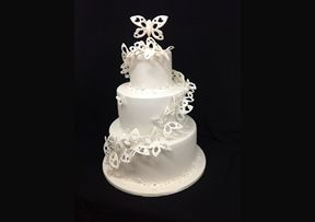 Delicate Butterfly #Wedding #Cake