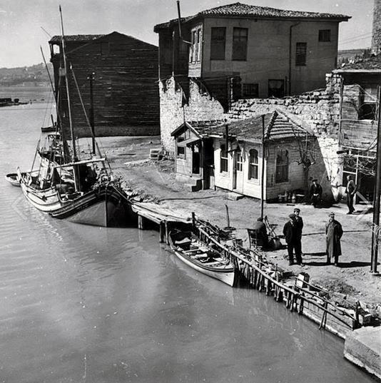 Natali AVAZYAN (NataliAVAZYAN) | Twitter Anadolu Hisarı Yıl 1937
